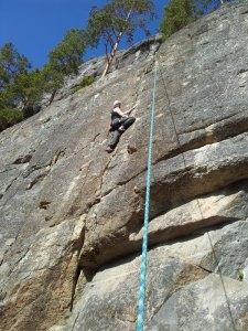 Eftersom jag inte klättrat sedan i höstas blev det bara topprepsklättring för min del idag. Ingela var lite tuffare och ledde en led.