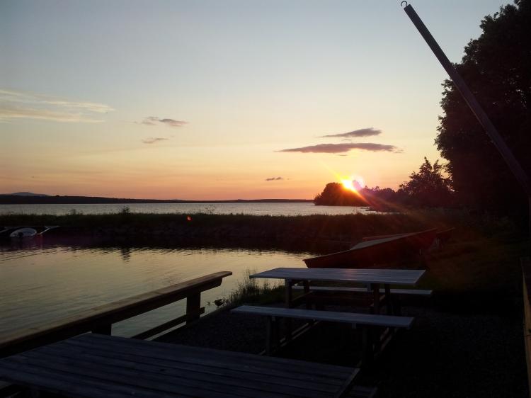 Fredagskvällen bjöd på en fantastisk solnedgång.