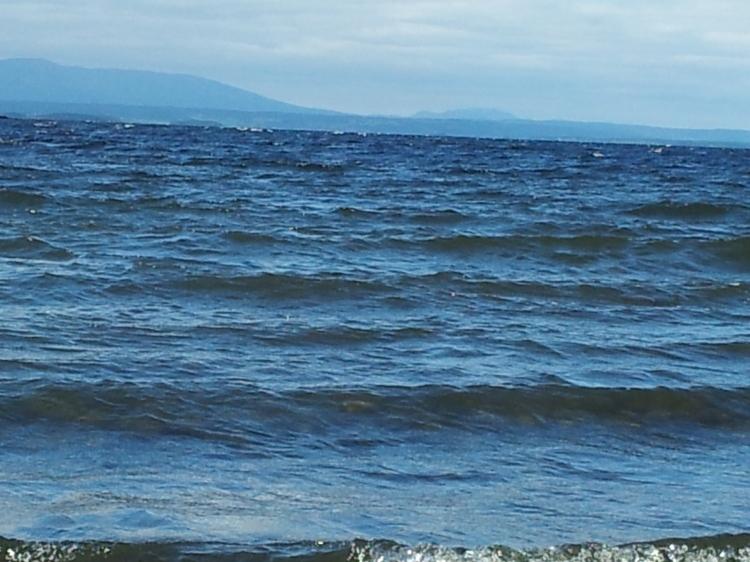 Storsjön med Bydalsfjällen som bakgrund.
