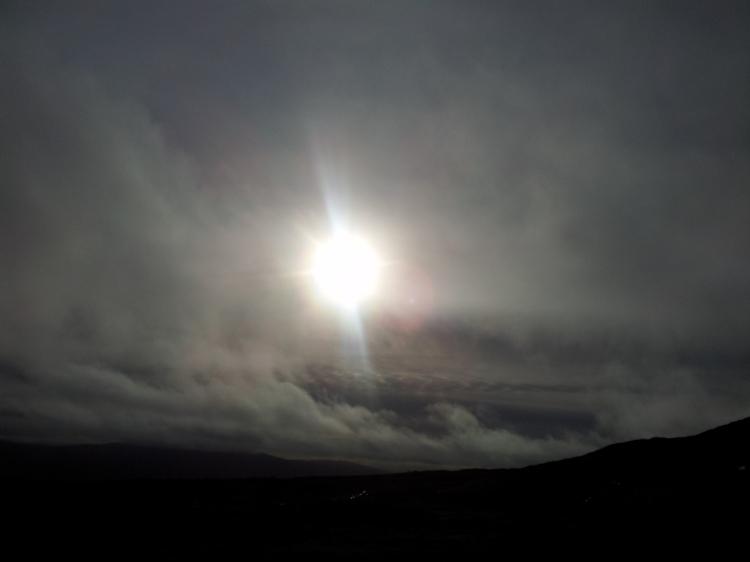 Precis till vår fikapaus lyckades solen bryta sig genom molntäcket.