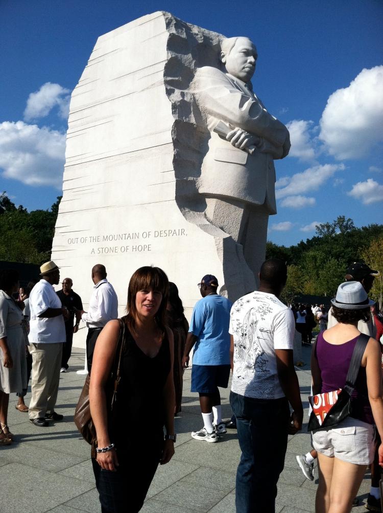 Washington DC är fyllt med många historiska monument.  2011 invigdes ett monument för att hylla Martin Luther King Jr. Vi var där veckan efter invigningen, en otroligt stark känsla som är svår att beskriva. Gripande helt enkelt!